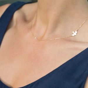 Jewelry - sparrow bird clavicle necklace